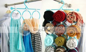 Cintre Foulards & Cravates  tie-belt-scarf-closet-clothes-hanger-organizer_2-300x182